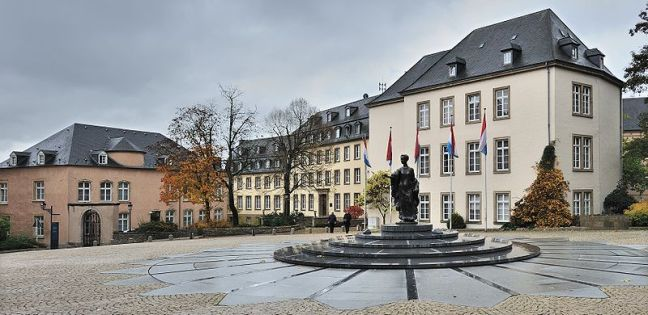 800px-Place_Clairefontaine_Luxembourg_01